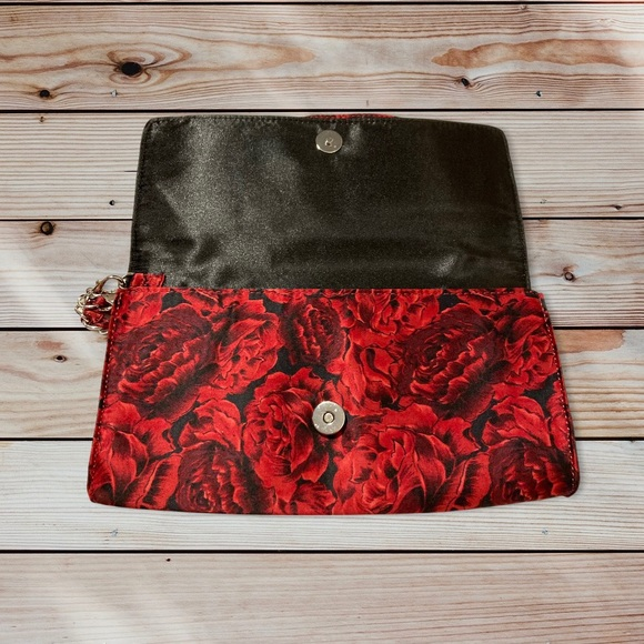 White House Black Market Red Rose Clutch BNWT